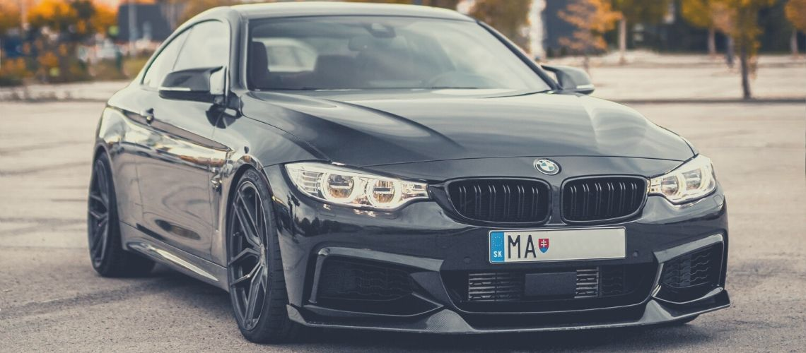 A black BMW 4 Series