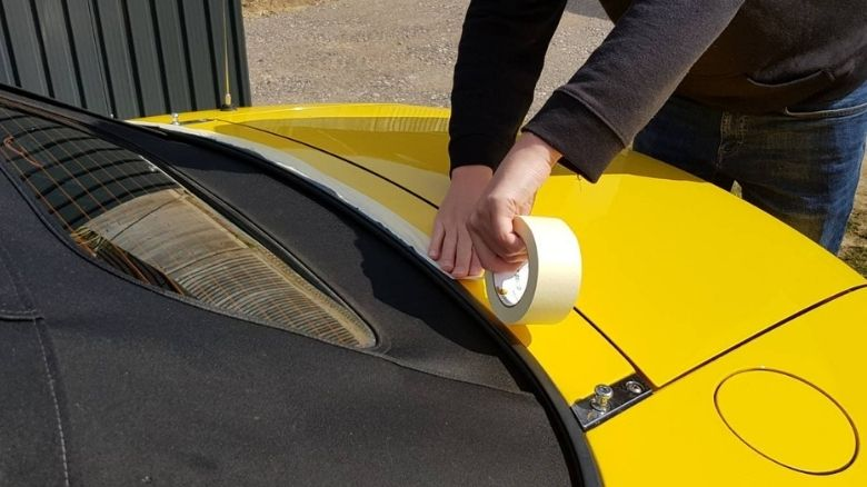 Masking the convertible roof