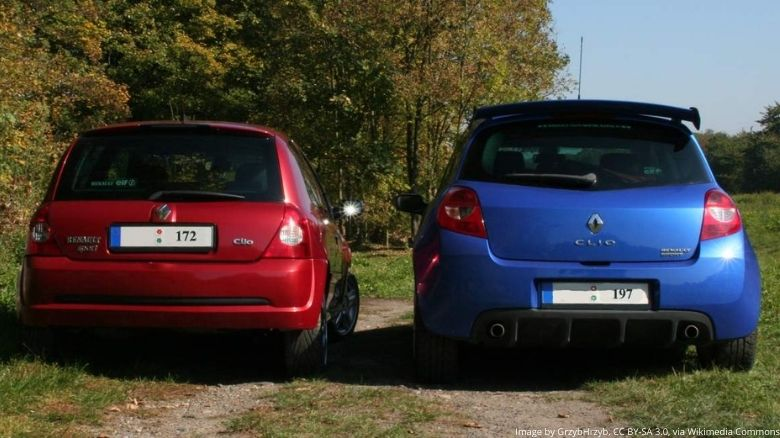 Renault Clio Sport 172 and 197 alongside each other